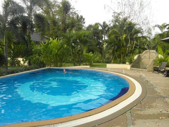 Oriental Kwai Resort : Swimming Pool