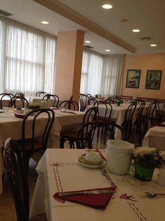 Hotel Acerboli : La sala ristorante