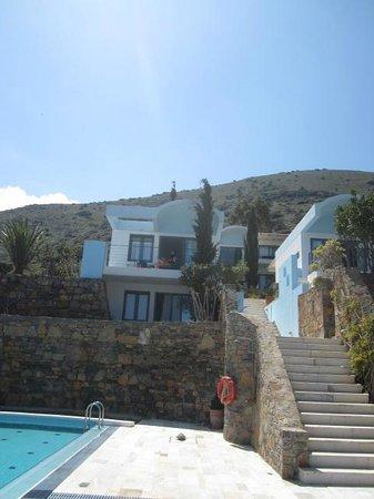 Elounda Vista Villas : one of the villas from the pool