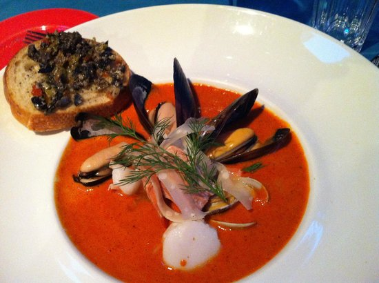 Cafe Zanzibar: Red Bell Pepper Soup with Seafood