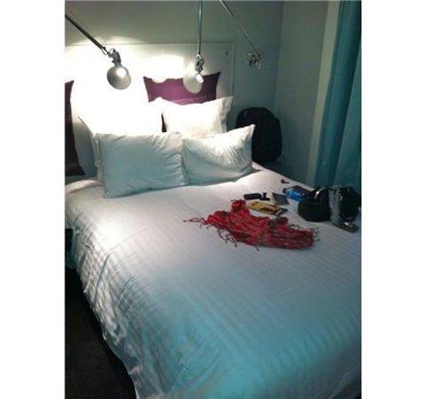 Color Design Hotel: Lit
