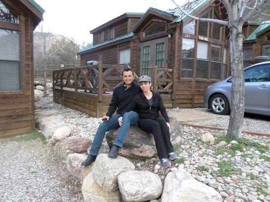 Glenwood Canyon Resort: Wife and I enjoying the stay
