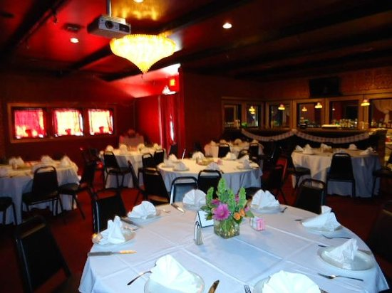 Bistro by the Sea: Private event hall for special occasions.