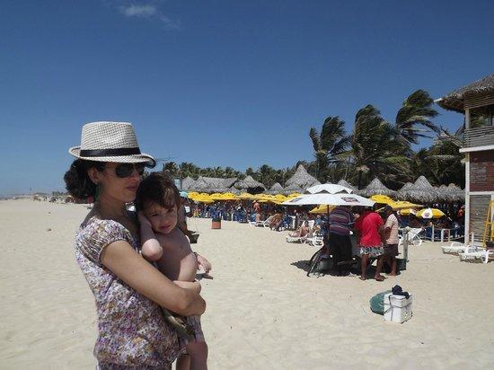 Beach of the Future : Praia limpa ,limpa e vento Forte