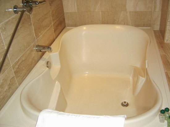 Bogota Plaza Summit Hotel: Bañera de una suite