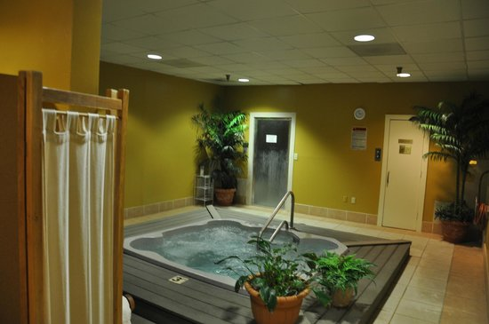 Kingwood Country Club & Resort: Separate Men's and Women's hot tubs, steam rooms and saunas