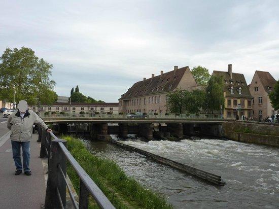 Barrage Vauban : Foto tomada en las cercanías de la Presa Vauban el 5 de junio de 2013.