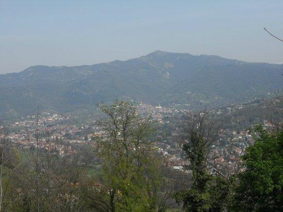 Funicolare San Vigilio : le montagne e l'inizio della primavera