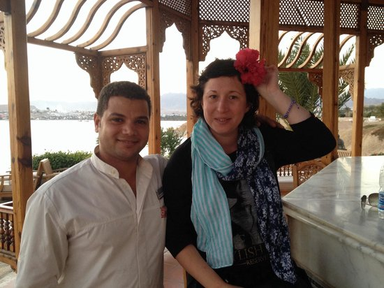 Movenpick Resort Sharm El Sheikh Naama Bay: Ахмет, ты отличный бармен и друг. Удачи тебе и до встречи! ��