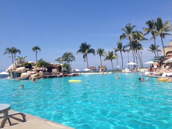 Marriott Puerto Vallarta Resort & Spa: Great pool!