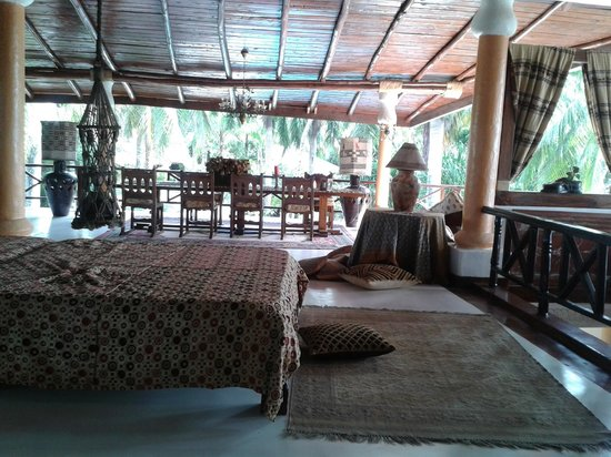 African House Resort: Wonderful relaxing furniture