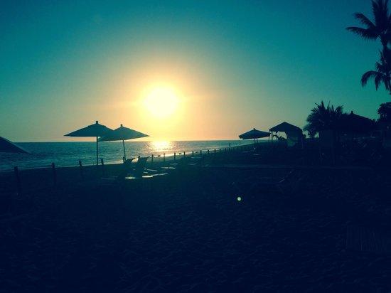 Marriott Puerto Vallarta Resort & Spa: Sunset from resort
