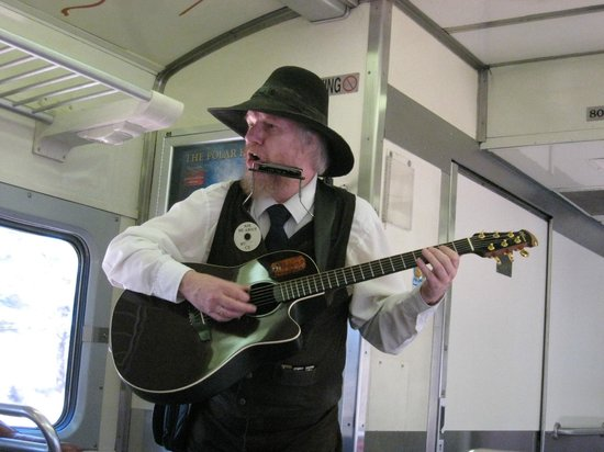 Grand Canyon Railway: Nice music along the way