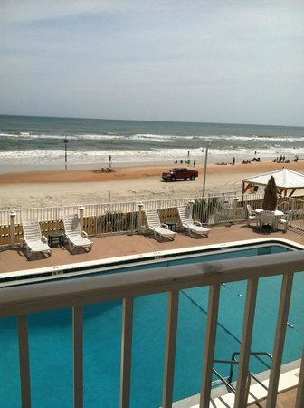 OceanFront Inn and Suites : View right outside of room - GORGEOUS!