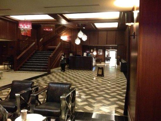 Kimpton Grand Hotel Minneapolis: Lobby