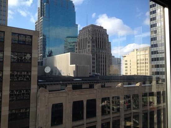 Kimpton Grand Hotel Minneapolis : The view from our window.