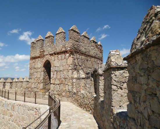 The Walls of Avila : AVILA - LES REMPARTS