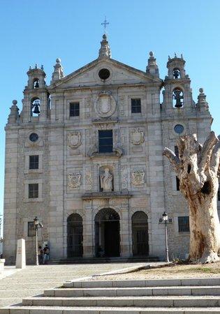Las Murallas de Ávila: AVILA - SANCTUAIRE ET EGLISE SAINTE THERESE