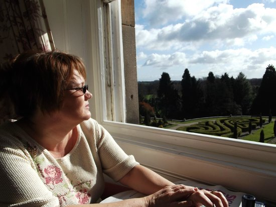 Warner Leisure Hotels Nidd Hall Hotel: Sitting in the sun in bedroom looking at the view