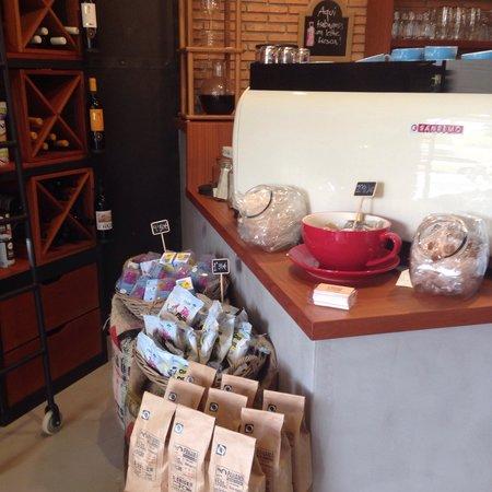 D•Origen Coffee Roasters: .