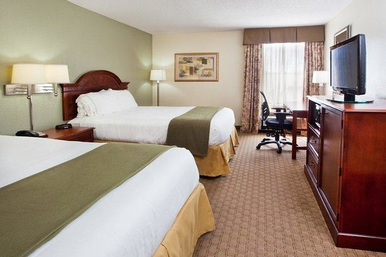 Holiday Inn Express & Suites Kimball: Queen Bed Guest Room