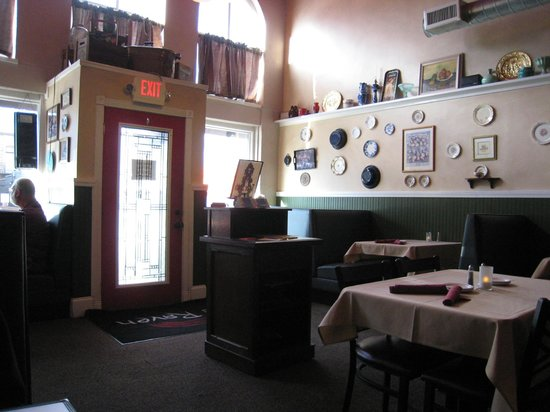 Red Raven Restaurant: Lovely interior, great food