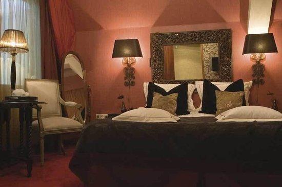 The Toren: Standard Double Room