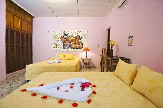 Hotel Kekoldi de Granada: Habitación doble o triple
