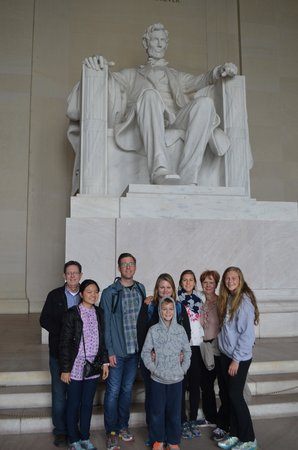 Walk of the Town: The fam at Lincoln Memorial (photo cred-Tim)