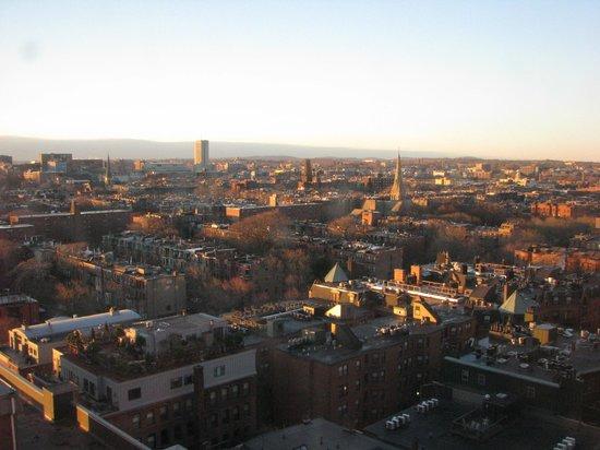 Boston Marriott Copley Place: Утренний вид из номера на город! Красота!