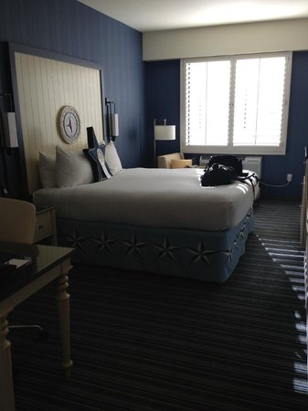 Argonaut Hotel, A Noble House Hotel: Our room