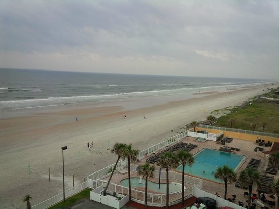 Holiday Inn Resort Daytona Beach Oceanfront: View from 7th floor!