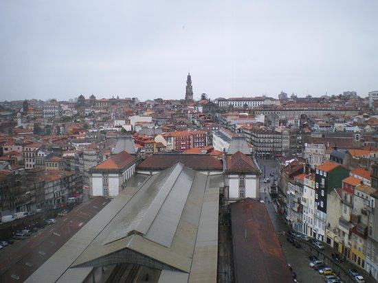 Mercure Porto Centro Hotel: vue de la chambre