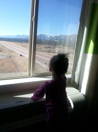 Fairfield Inn & Suites Colorado Springs North/Air Force Academy : Waking up to the beautiful view!