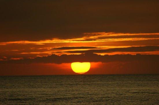Boracay Beach Resort: закат