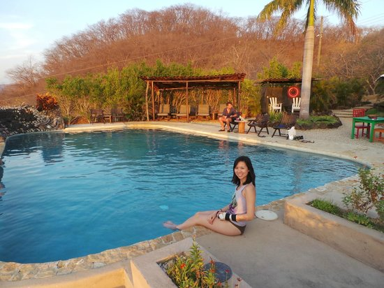 Panacea de la Montana Yoga Retreat & Spa: Enjoying the pool