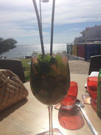 Rosso Sul Mare Restaurant & Wine Bar : Mojito with a view