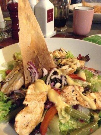 Del Papa Ristorante: di pollo salad