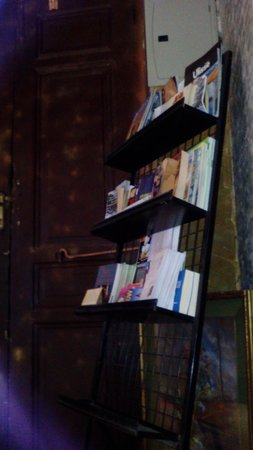 Freedom Hostel: Les livres