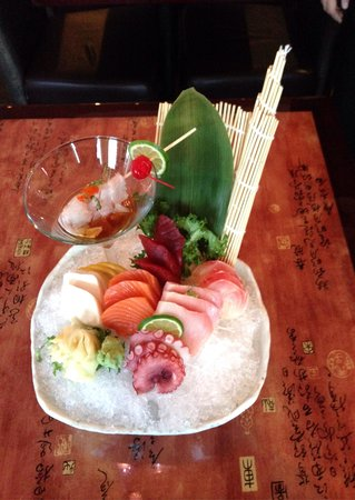Yuan Asian Cuisine: Sashimi assortment