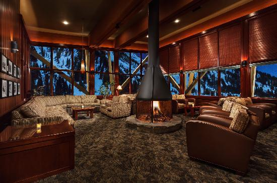 Alta's Rustler Lodge: View from Eagel's Nest Lounge