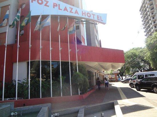 Foz Plaza Hotel: Entrada do Hotel