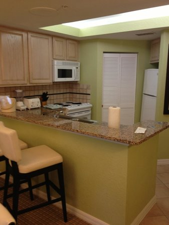 Star Island Resort and Club: 2 bedroom villa kitchen