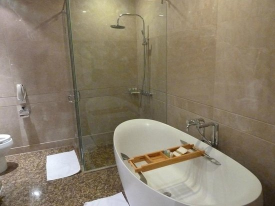 Vinpearl Luxury Nha Trang : ванна