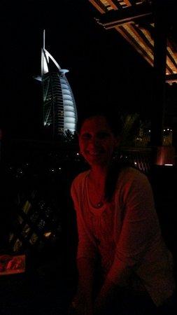 Bahri Bar : Great romantic spot for evening drinks.
