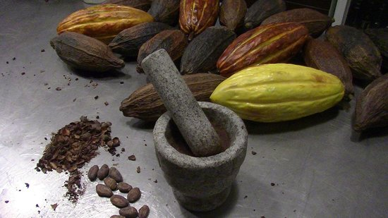 Chaqchao chocolate making workshop