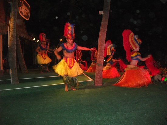 Germaine's Luau: the show
