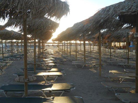 Plage d'Elafonissi : Elafonissi Beach chairs