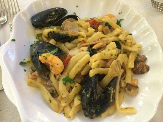 Da Maria Trattoria Pizzeria: scialatielli alla pescatore