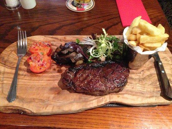 Devonshire Arms Inn: 10oz Sirloin